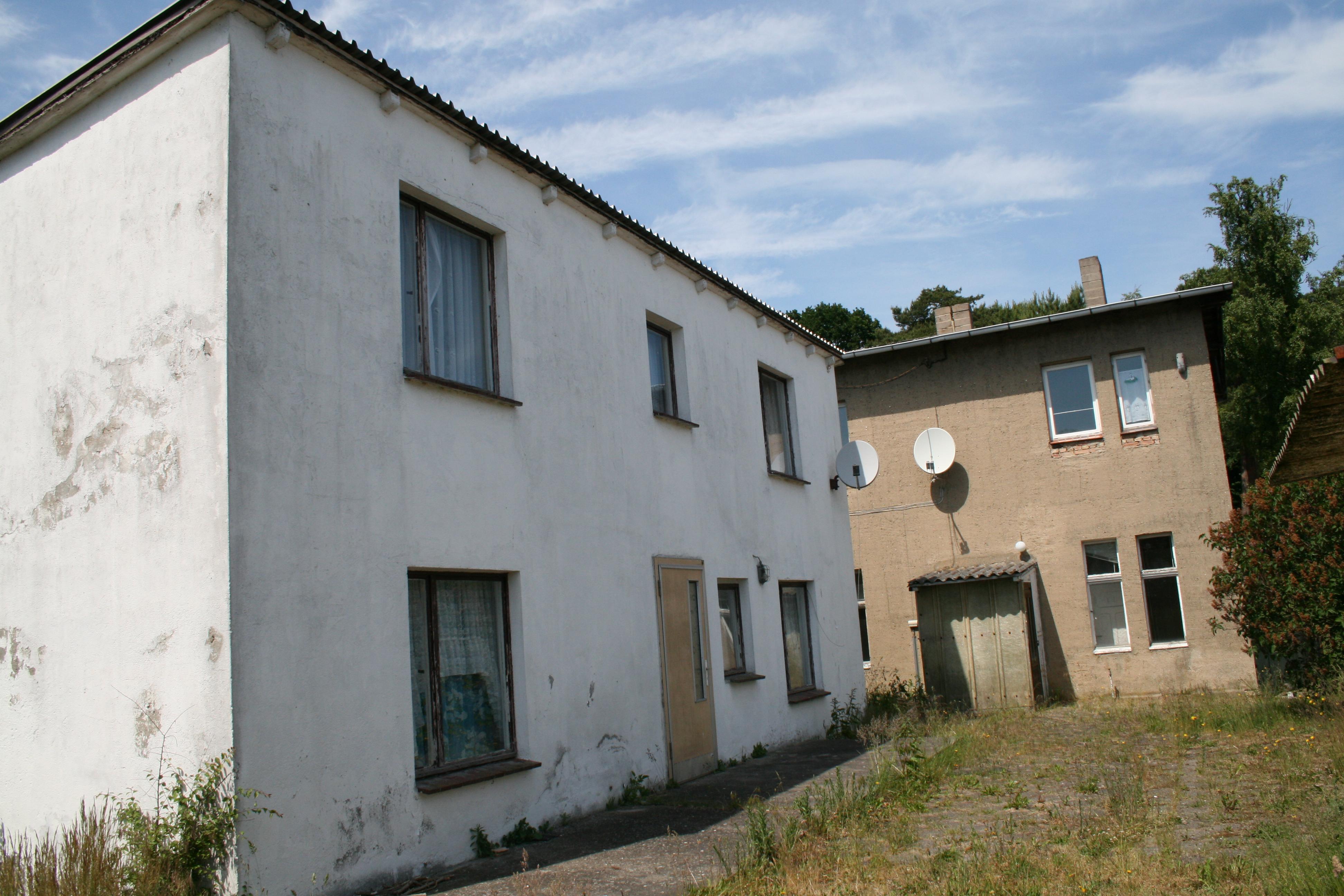 Das Ferienhaus im Sommer 2008 - Ansicht vom Grundstück