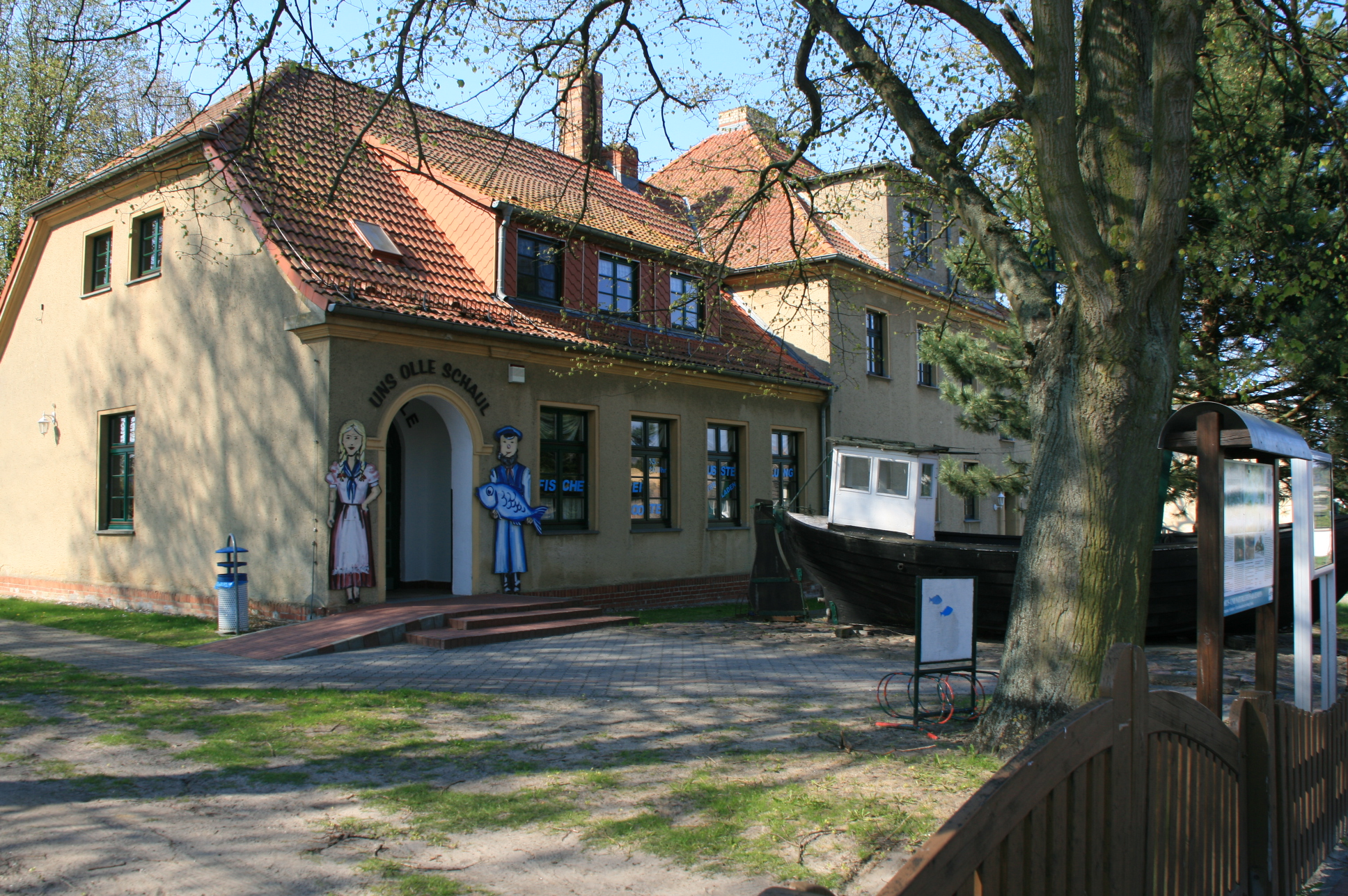 Vereinshaus - uns olle Schaul Zempin Insel Usedom
