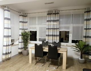 Ferienwohnung Villa Waldblick – Essplatz im Wohnzimmer FeWo Waldblick