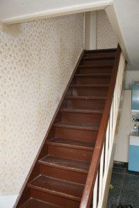 """Treppe ins Obergeschoss - steht heute im Keller und erinnert an """"alte Zeiten"""" und Baustress :-)"""