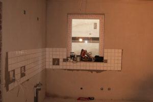 Der Küchenbreich, damals noch zum Wohnzimmer offen